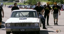 Racing a '67 Dodge Dart (2)